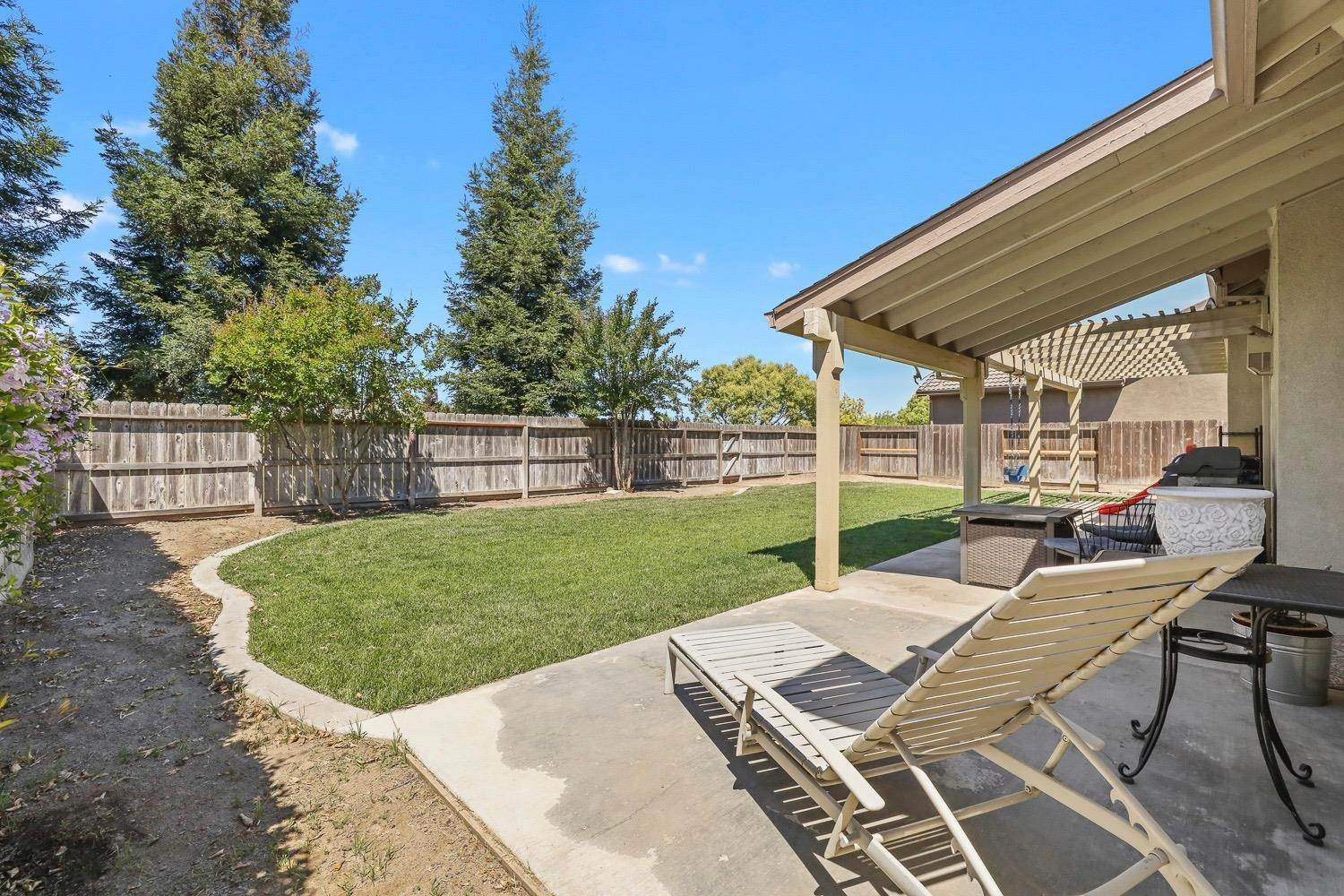 29. Single Family Homes for Active at 4305 Big Tree Court Denair, California 95316 United States