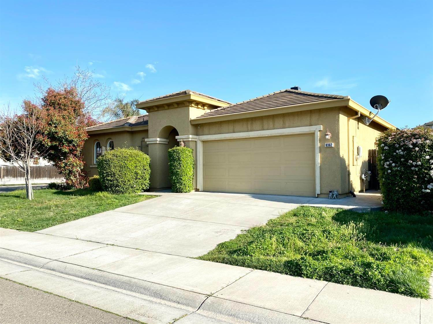 2. Single Family Homes for Active at 8362 Lollipop Lane Elk Grove, California 95624 United States