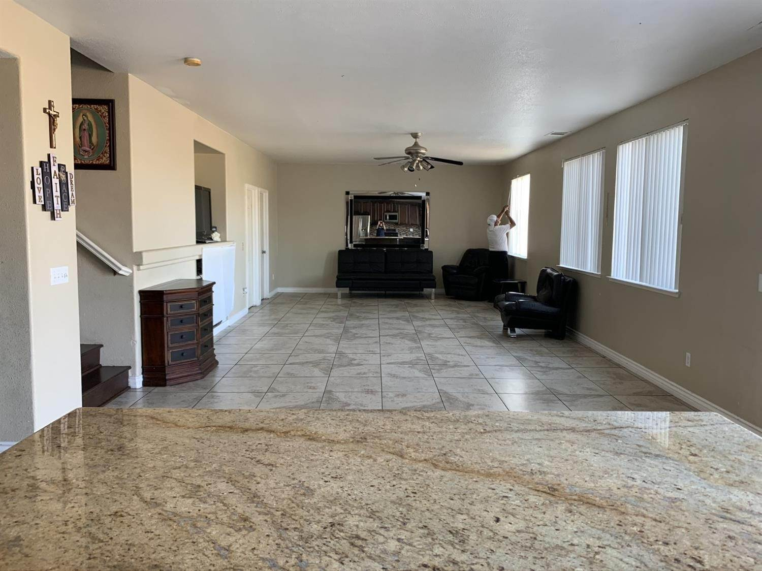 18. Single Family Homes for Active at 1807 Van Gogh Lane Stockton, California 95206 United States