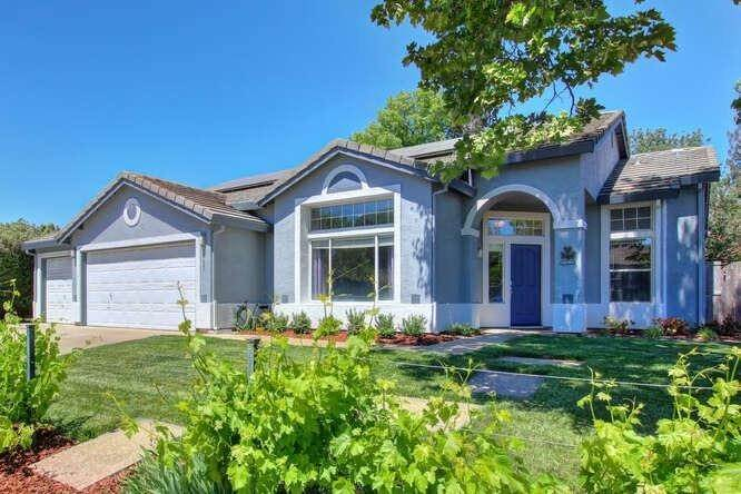 Single Family Homes for Active at 9125 Tuxford Court Elk Grove, California 95624 United States