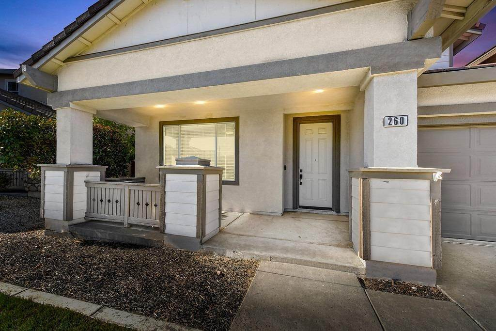 6. Single Family Homes for Active at 260 Aldeburgh Circle Sacramento, California 95834 United States