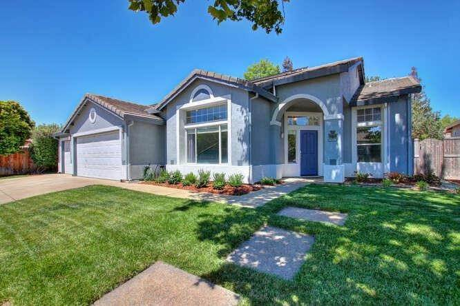 41. Single Family Homes for Active at 9125 Tuxford Court Elk Grove, California 95624 United States