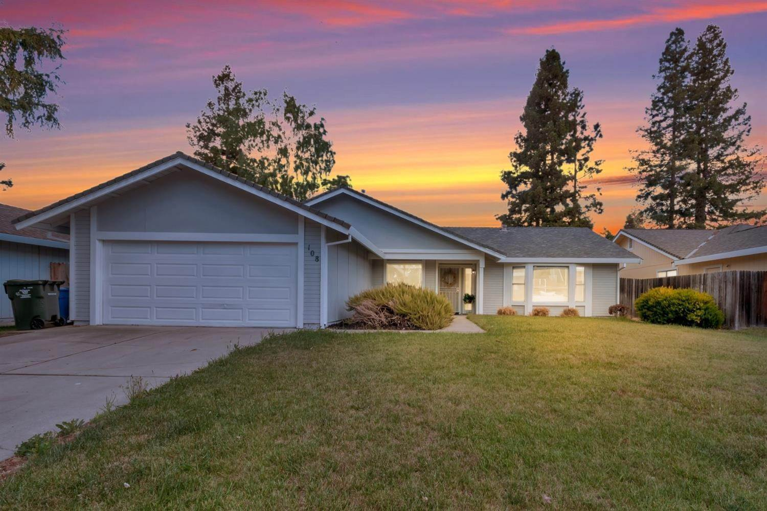 8. Single Family Homes for Active at 108 BLUE WATER Circle Sacramento, California 95831 United States