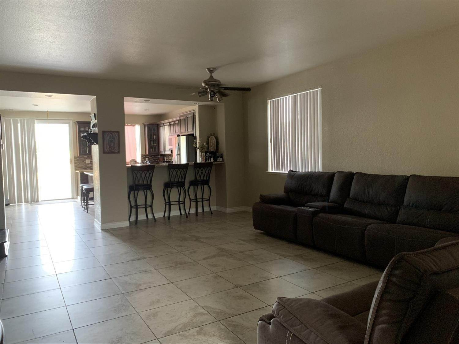 17. Single Family Homes for Active at 1807 Van Gogh Lane Stockton, California 95206 United States