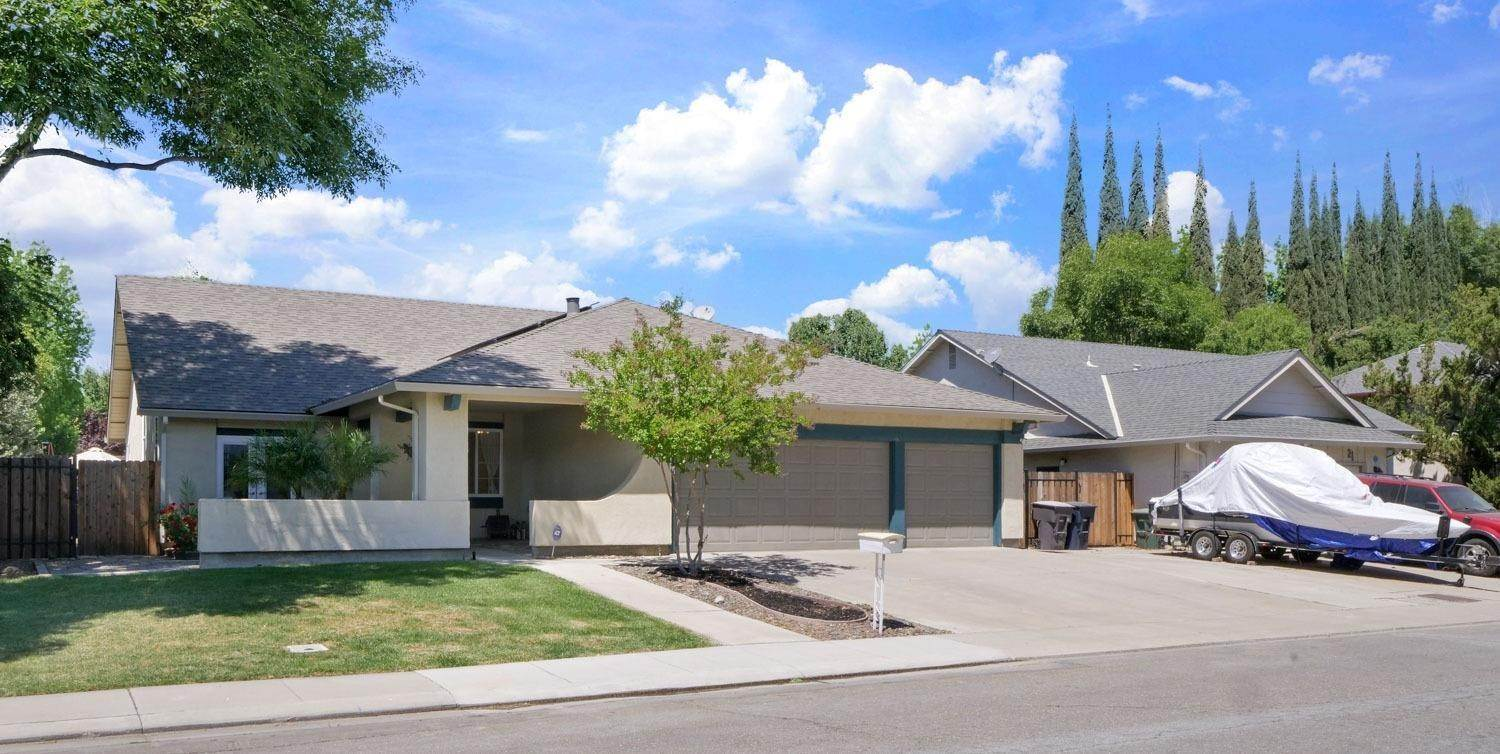 3. Single Family Homes for Active at 11 Wimbledon Lane Tracy, California 95376 United States