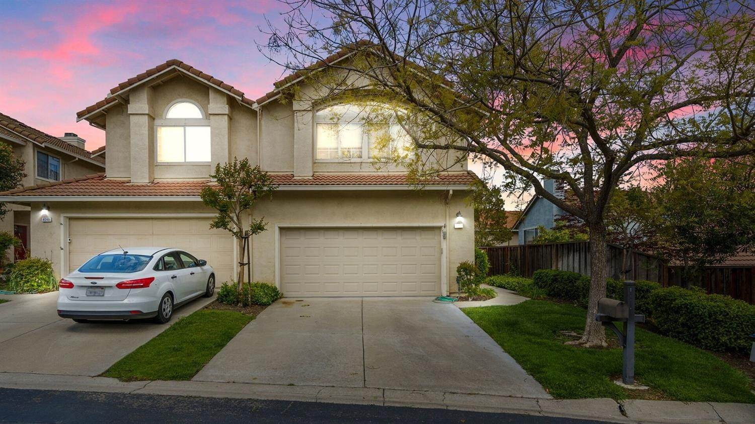 Single Family Homes for Active at 4252 Garibaldi Place Pleasanton, California 94566 United States