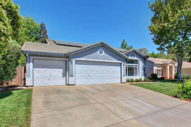 2. Single Family Homes for Active at 9125 Tuxford Court Elk Grove, California 95624 United States