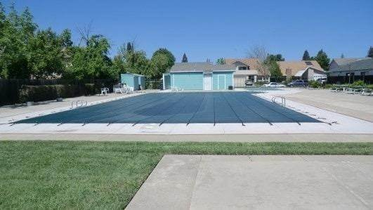 31. Single Family Homes for Active at 8067 Willow Glen Court Citrus Heights, California 95610 United States