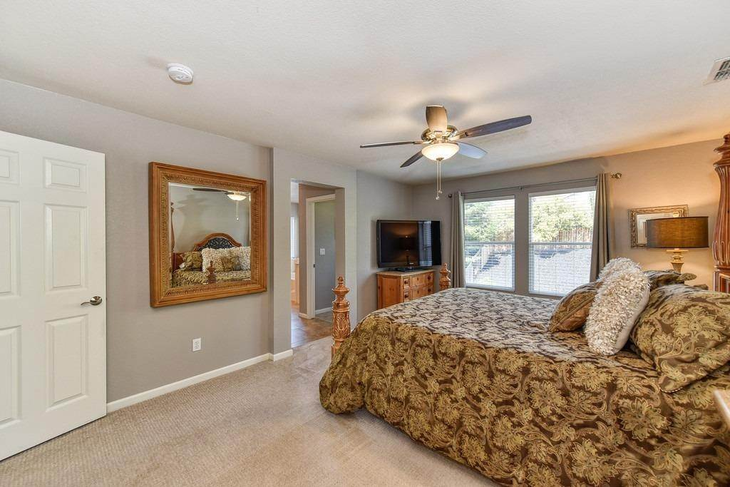 24. Single Family Homes for Active at 1184 Burwick Lane Folsom, California 95630 United States