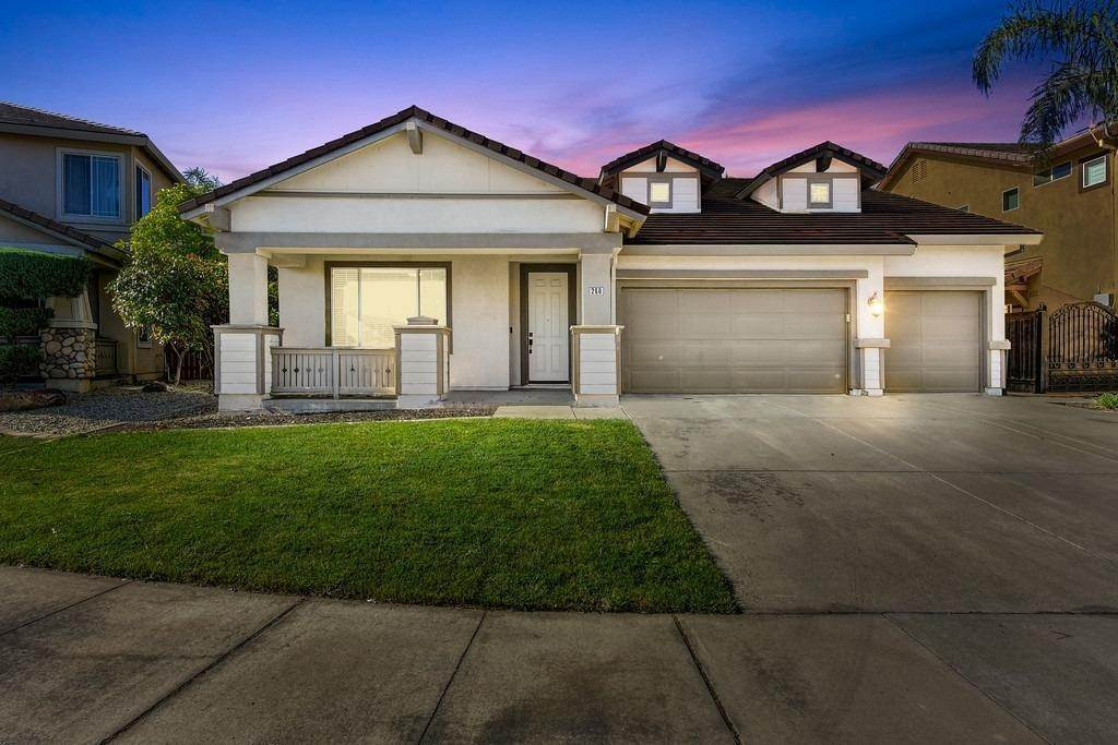 Single Family Homes for Active at 260 Aldeburgh Circle Sacramento, California 95834 United States