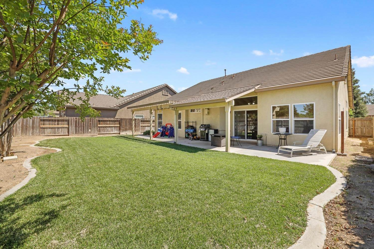 33. Single Family Homes for Active at 4305 Big Tree Court Denair, California 95316 United States