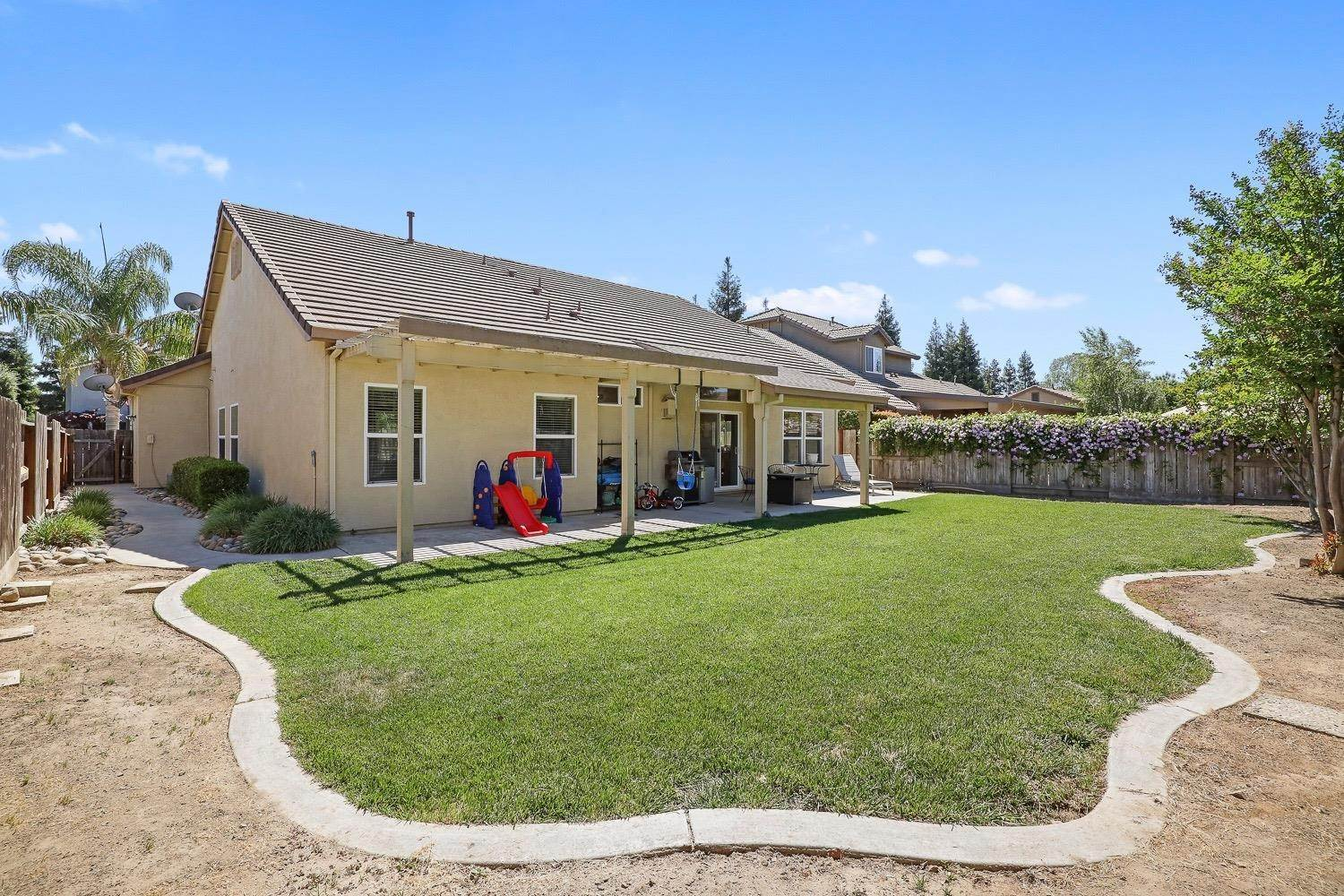 32. Single Family Homes for Active at 4305 Big Tree Court Denair, California 95316 United States