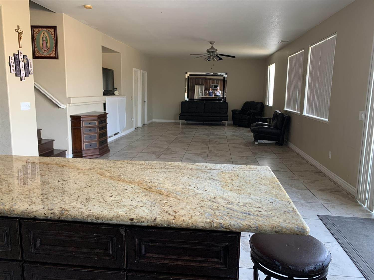 16. Single Family Homes for Active at 1807 Van Gogh Lane Stockton, California 95206 United States