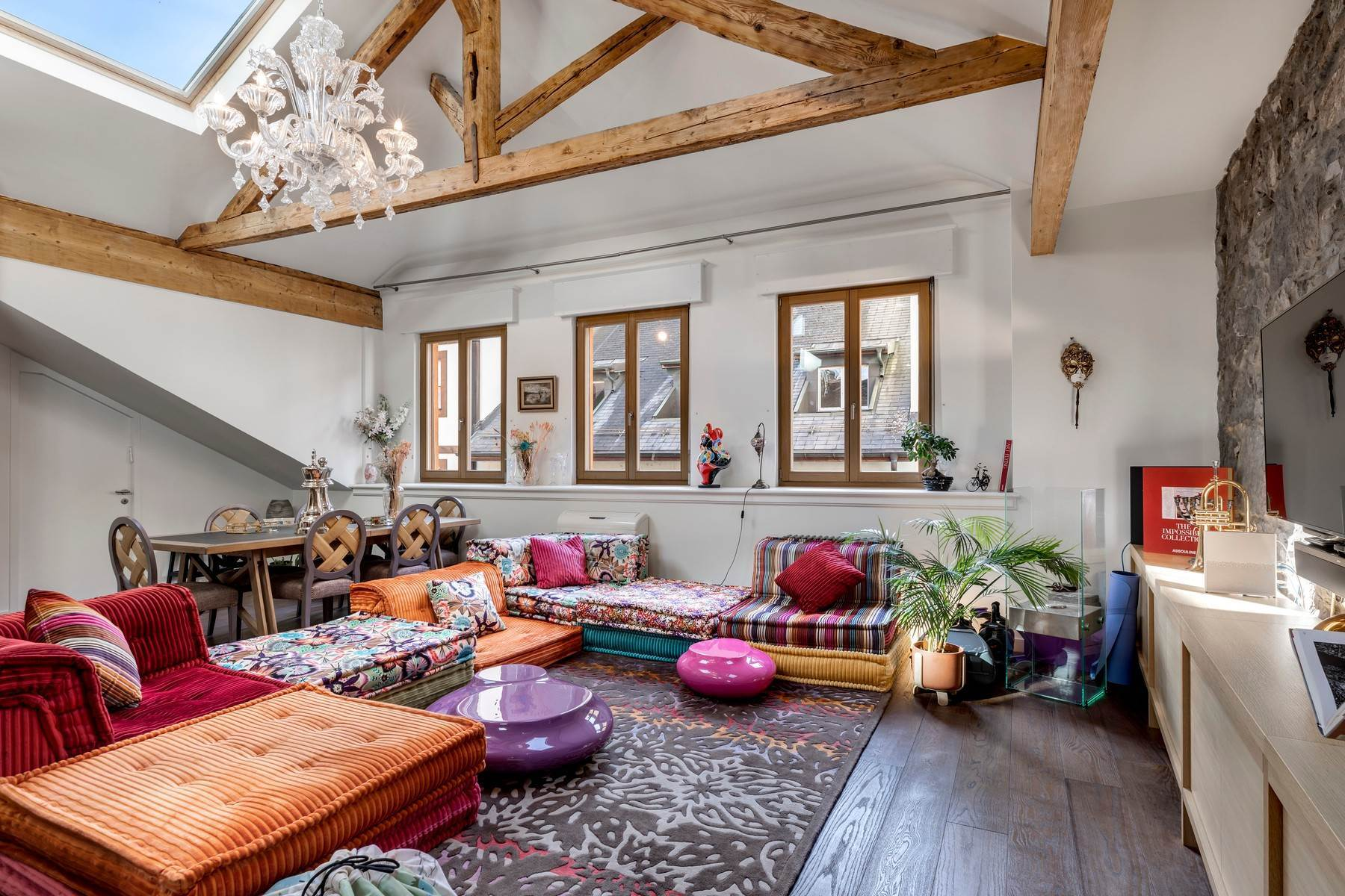 Duplex Homes for Active at Atypical - Stunning duplex with lots of character in the city center Genève Geneva, Geneva 1207 Switzerland