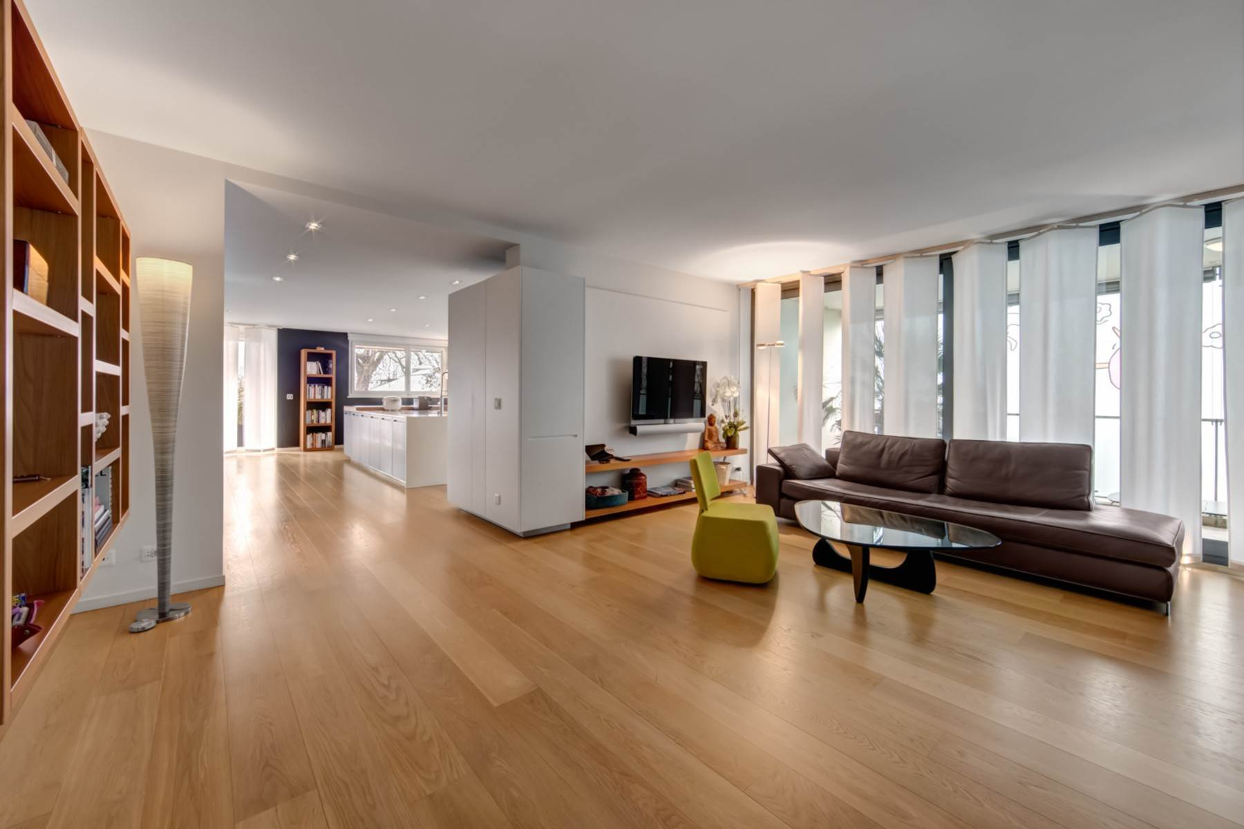 Apartments for Active at Beautiful apartment located in the heart of Carouge Carouge Other Geneve, Geneva 1227 Switzerland