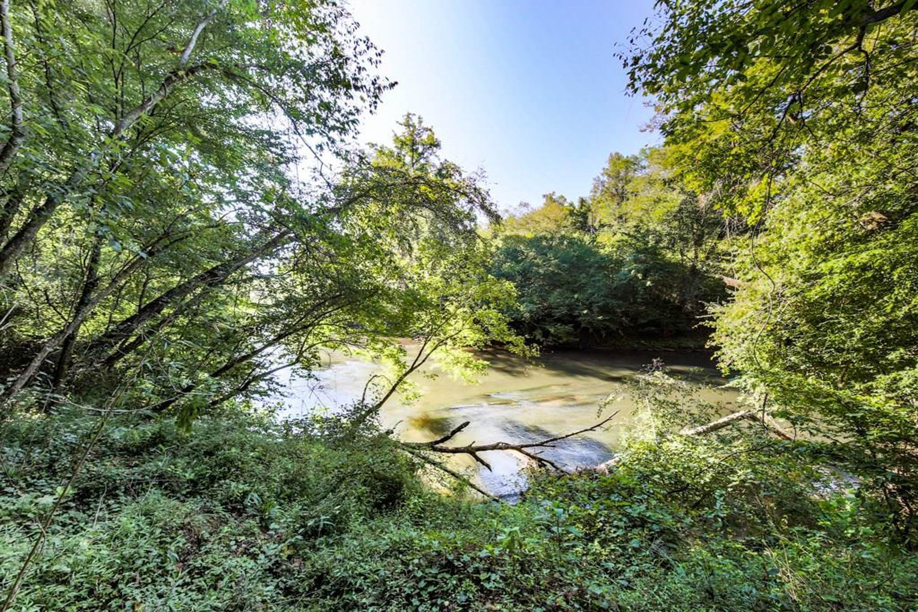 Land for Active at Gorgeous Etowah River Frontage And 25,000 Acre Dawson Forest Access 0 Etowah Overlook Road Dawsonville, Georgia 30534 United States