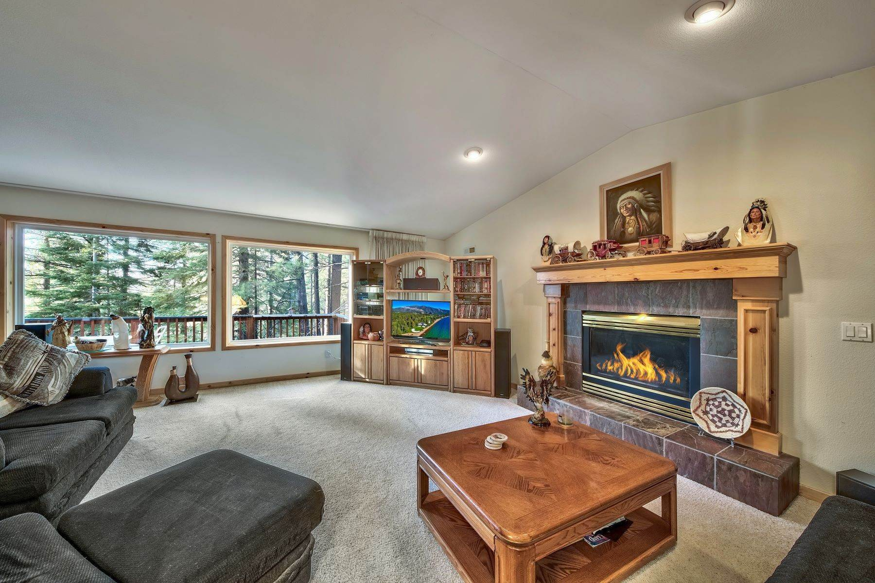 3. Single Family Homes for Active at Mountain Living 1670 Nadowa St. South Lake Tahoe, California 96150 United States