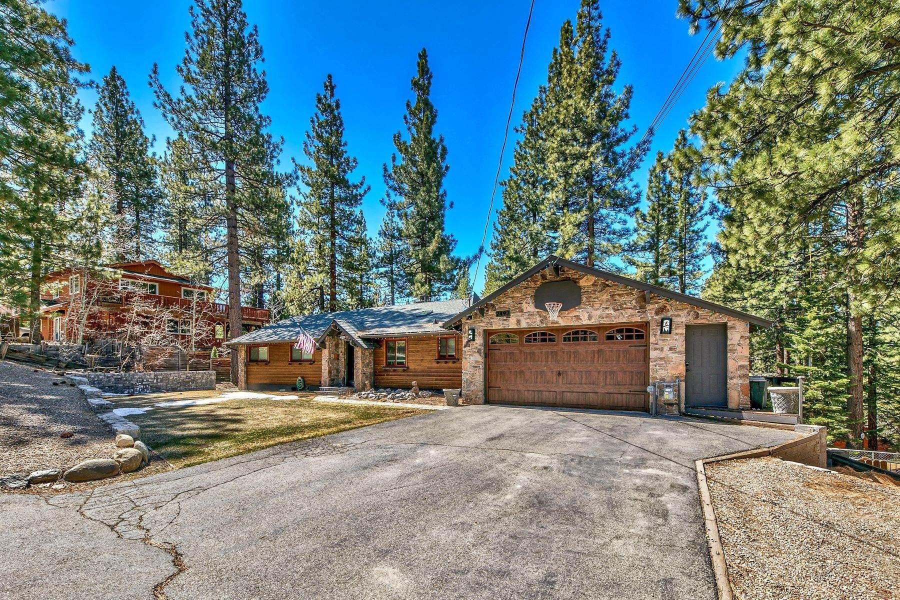 Property en One of a Kind Montgomery Estates Home 2497 Cold Creek Trl. South Lake Tahoe, California 96150 Estados Unidos