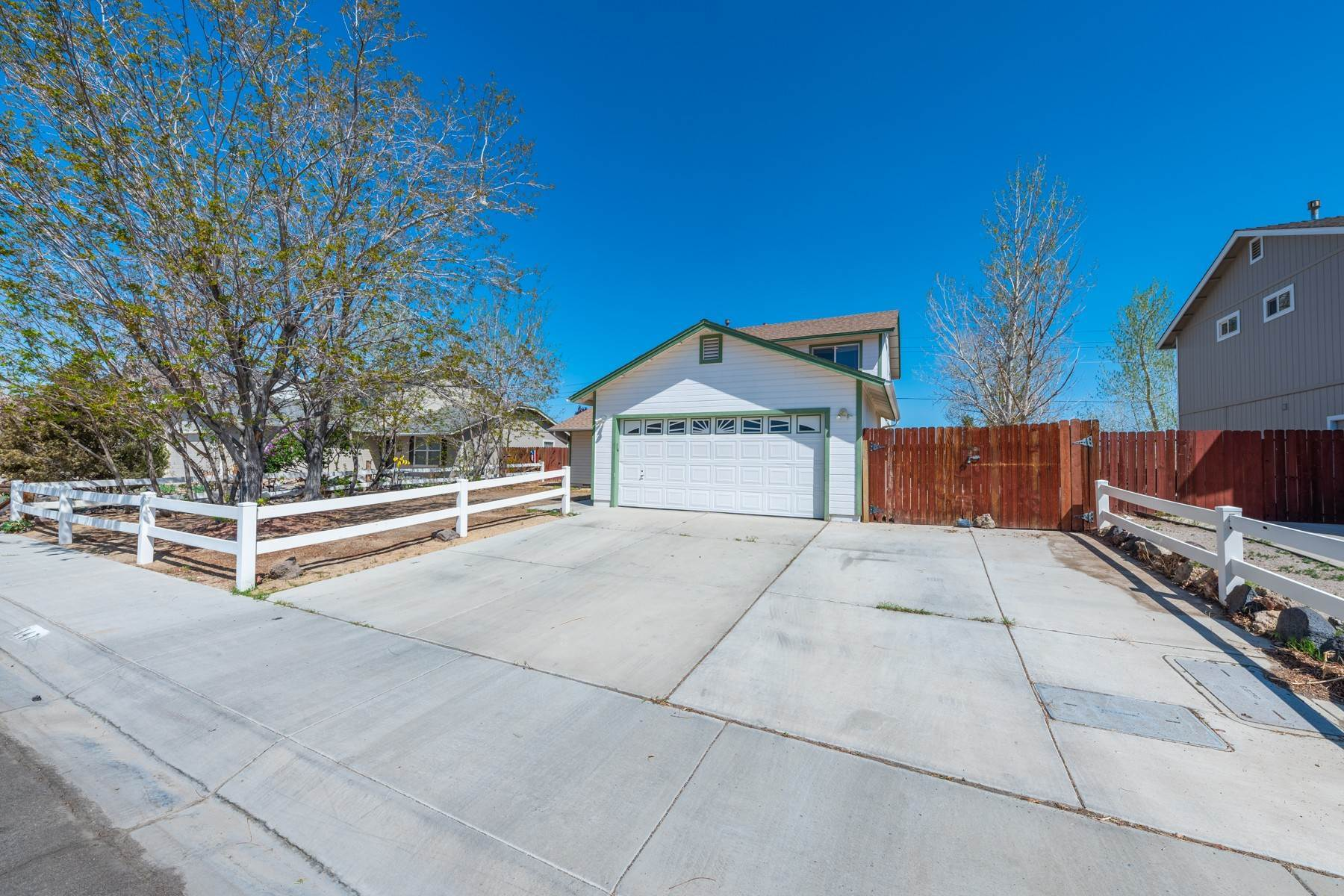 28. Single Family Homes for Active at Just 25 minutes from Reno 147 Desert Springs Ln Fernley, Nevada 89408 United States