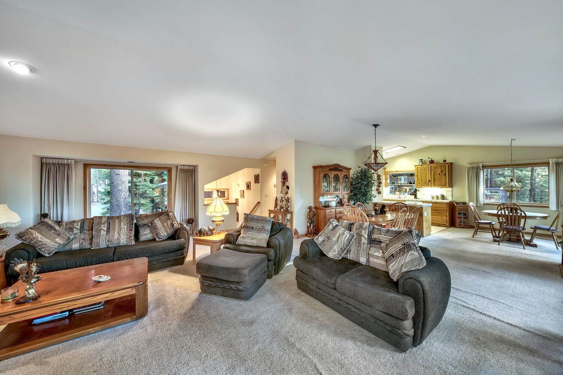 4. Single Family Homes for Active at Mountain Living 1670 Nadowa St. South Lake Tahoe, California 96150 United States