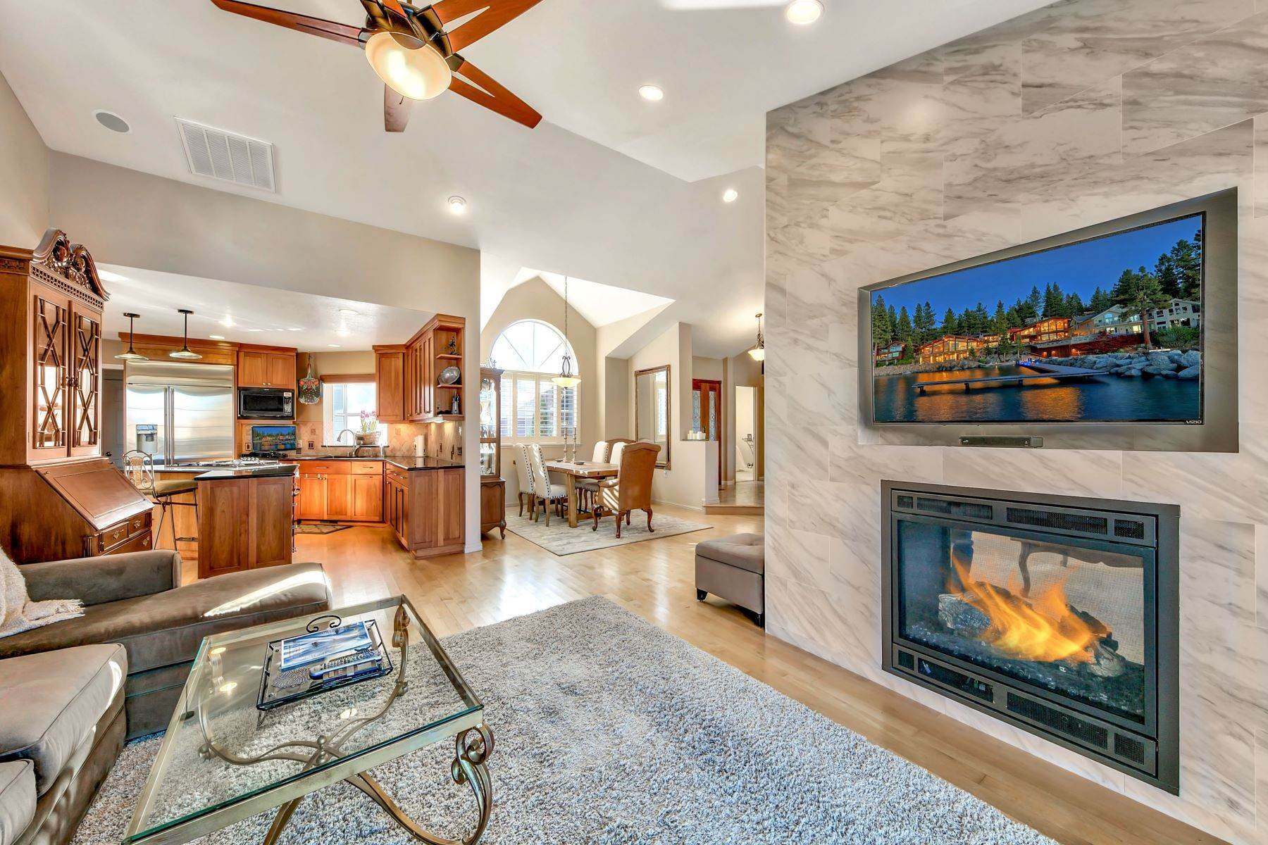 2. Single Family Homes for Active at 5 Bedroom Waterfront 1961 Kokanee Way South Lake Tahoe, California 96150 United States