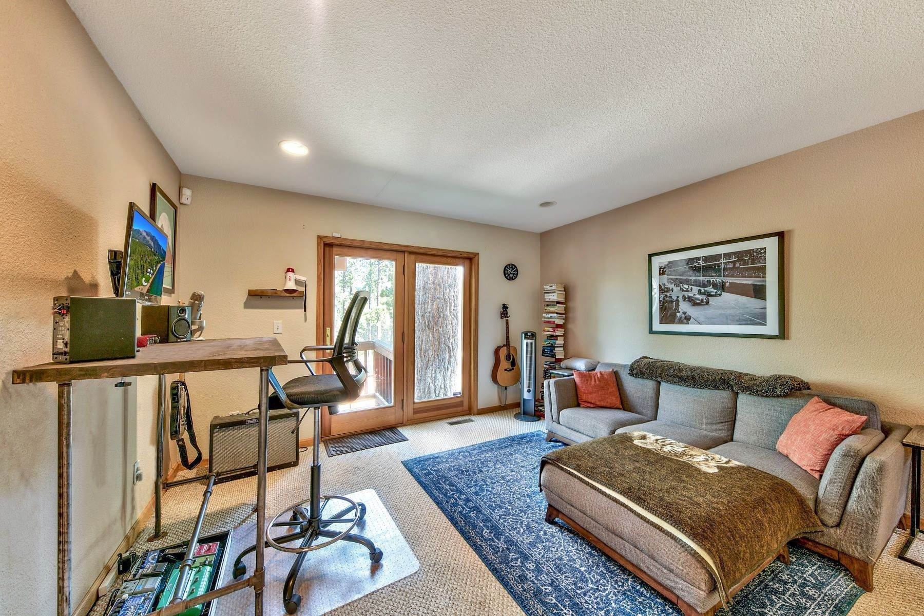 11. Single Family Homes for Active at Kokanee Estates Mountain Home 3067 Kokanee Trail South Lake Tahoe, California 96150 United States
