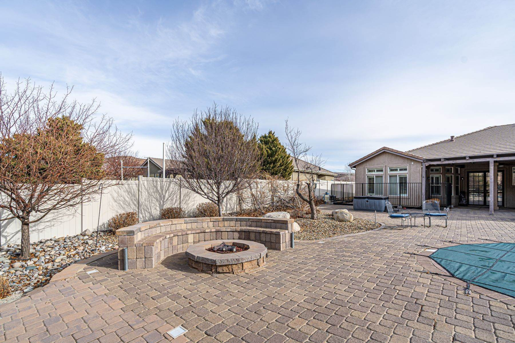 29. Single Family Homes for Active at Exquisite Pebble Creek Home 11785 Ocean View Dr Sparks, Nevada 89441 United States