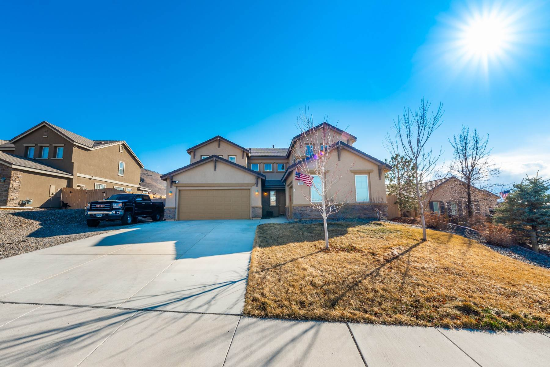Single Family Homes por un Venta en Pristine Damonte Ranch Home 2660 Mule Reno, Nevada 89521 Estados Unidos