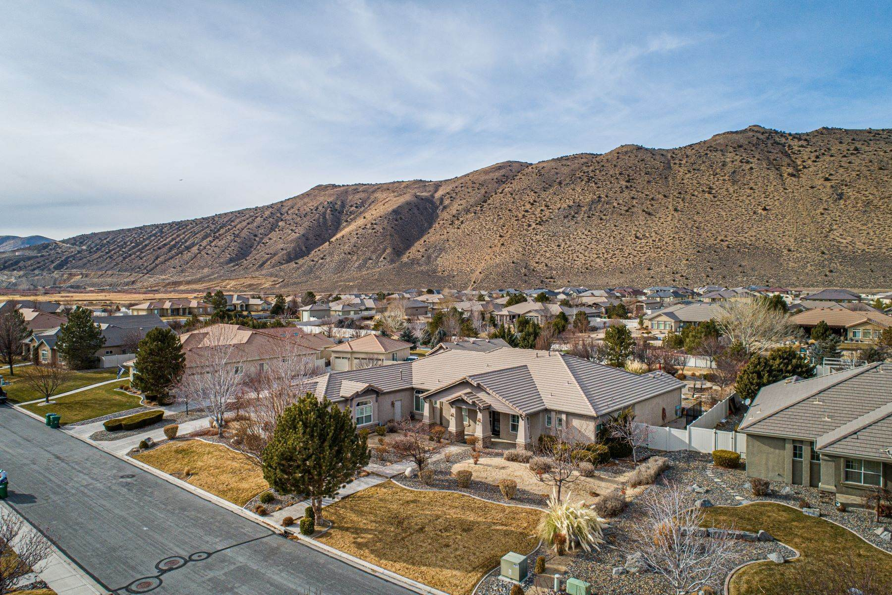 Single Family Homes for Active at Exquisite Pebble Creek Home 11785 Ocean View Dr Sparks, Nevada 89441 United States