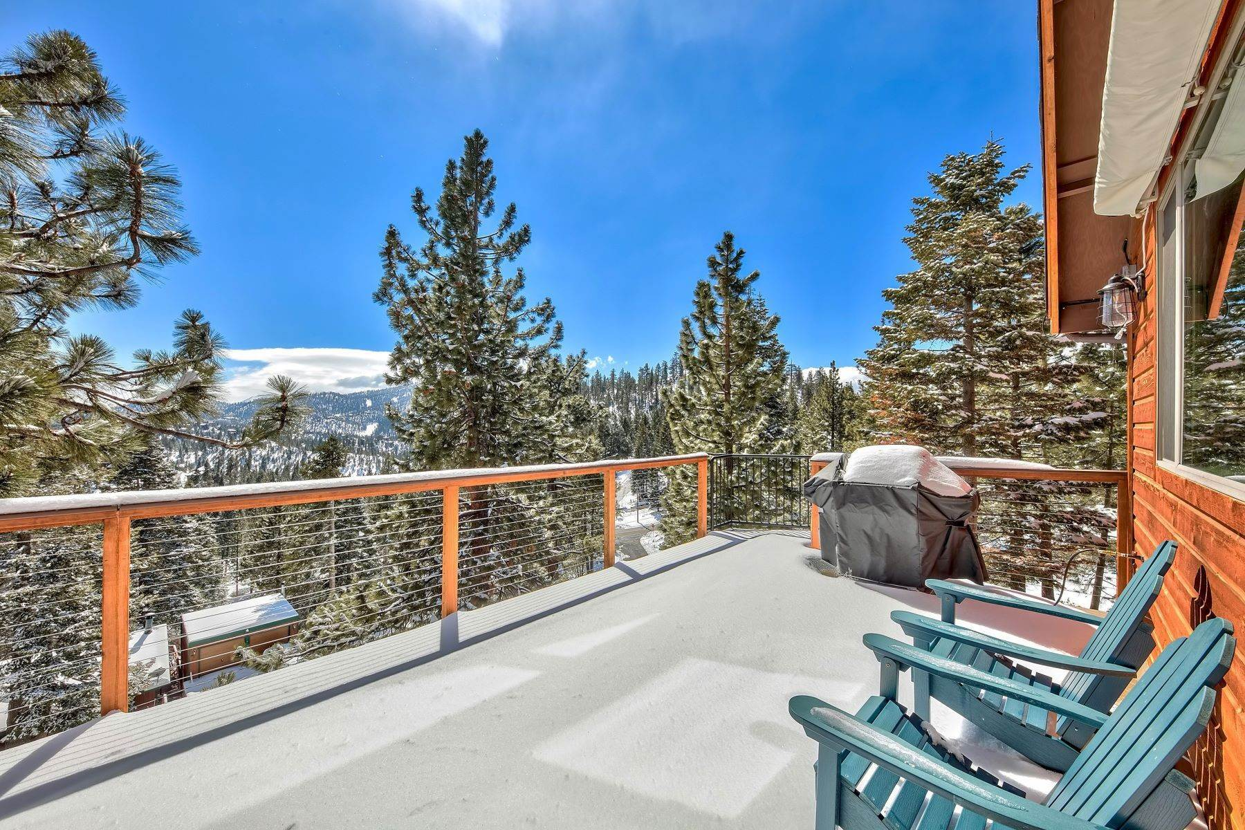 24. Single Family Homes for Active at Mountain Luxury 416 Maryanne Drive Stateline, Nevada 89413 United States