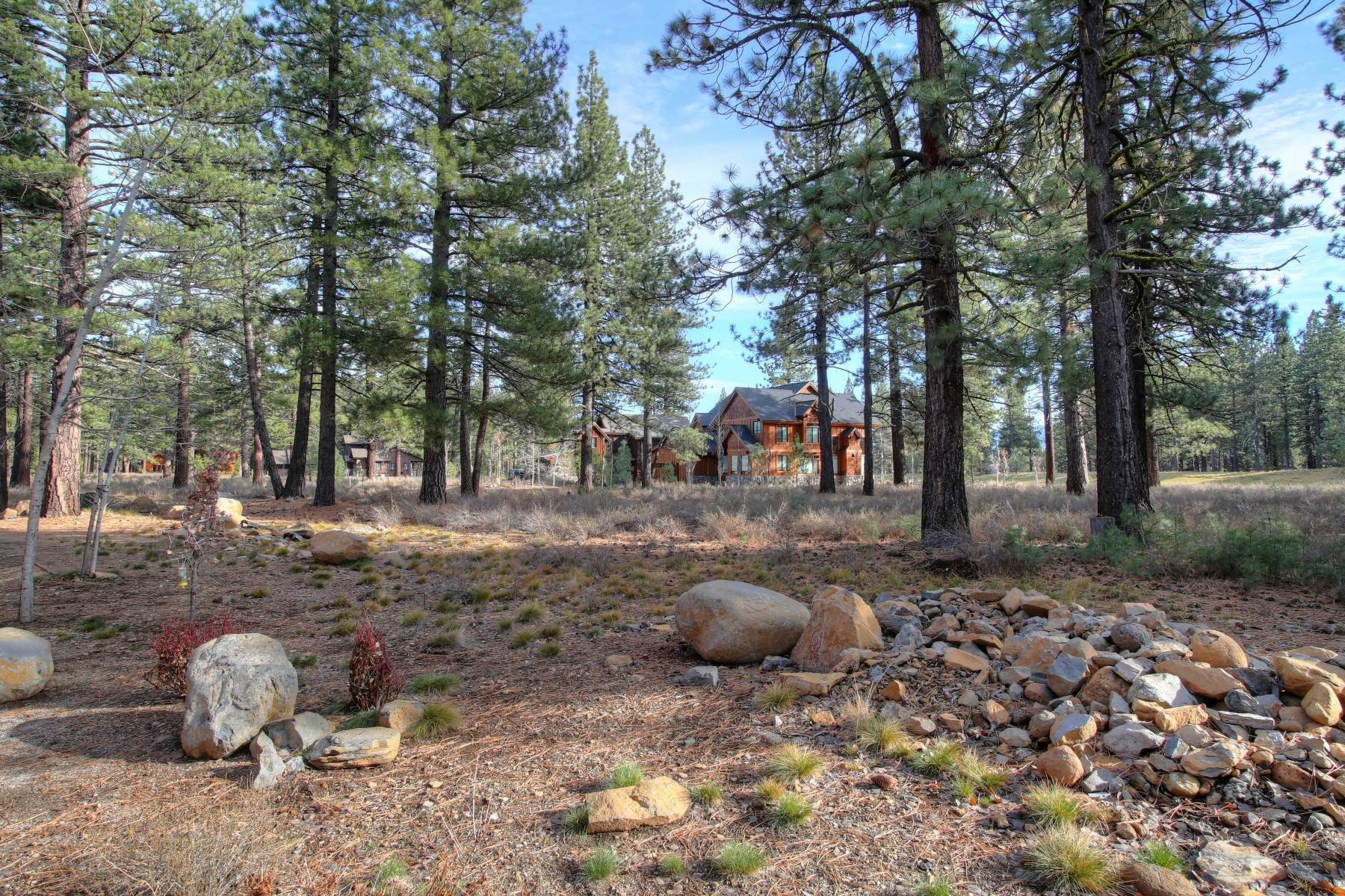 4. Land for Active at 12666 Caleb Drive, Truckee California 96161 12666 Caleb Drive Truckee, California 96161 United States