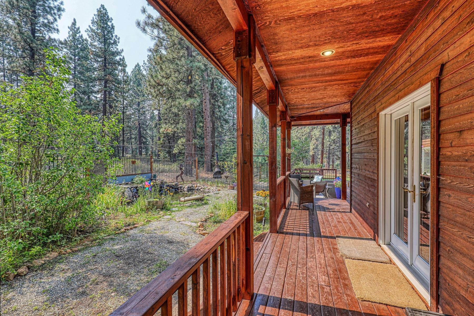 27. Single Family Homes for Active at Best Kept Secret In Truckee Is Out 10915 Royal Crest Drive Truckee, California 96161 United States