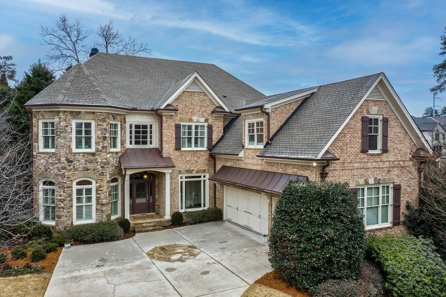 Single Family Homes for Active at Stunning Executive Home in Chastain Park Sandy Springs 104 Silverwood Road Sandy Springs, Georgia 30342 United States