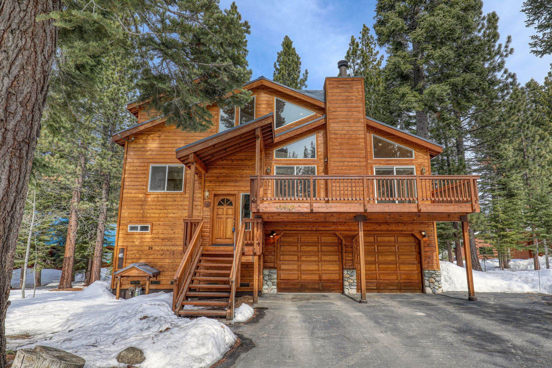 Single Family Homes for Active at 11940 Bavarian Way Truckee, California 96161 United States