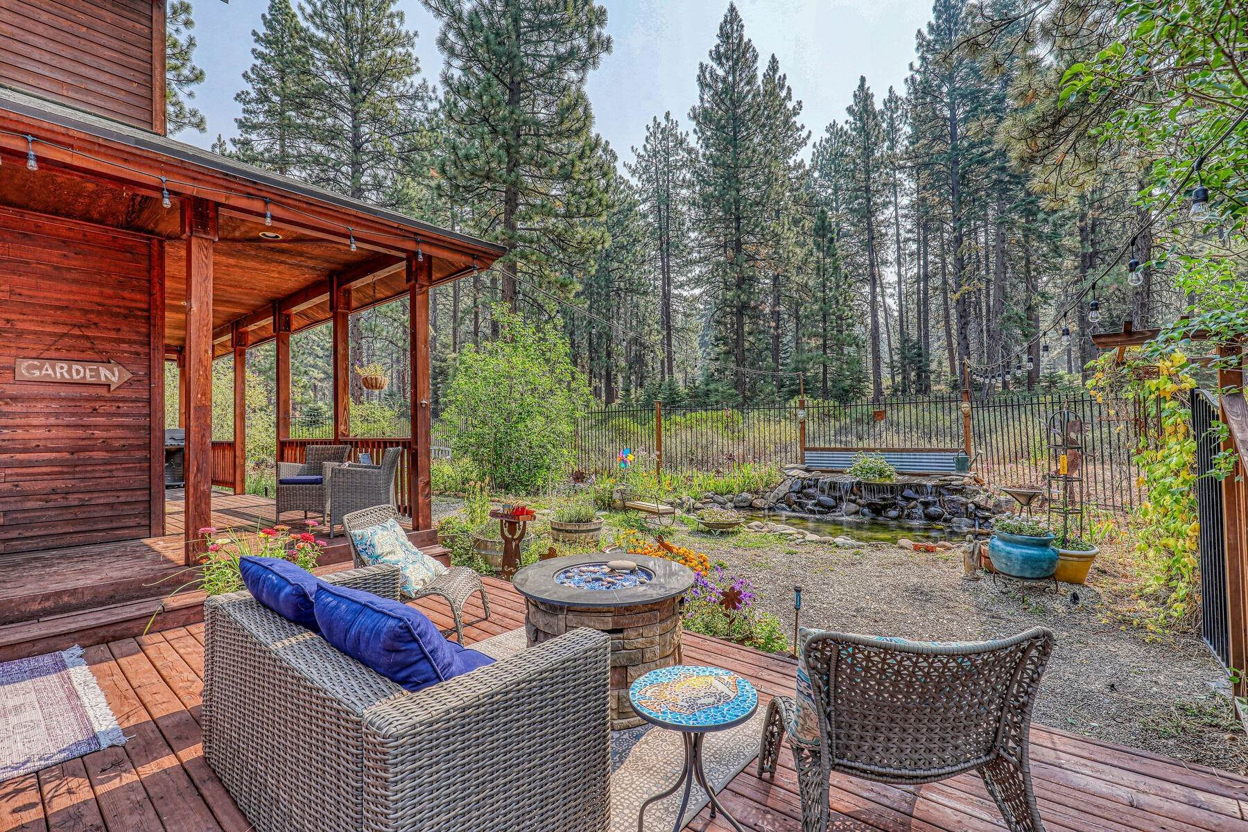 3. Single Family Homes for Active at Best Kept Secret In Truckee Is Out 10915 Royal Crest Drive Truckee, California 96161 United States