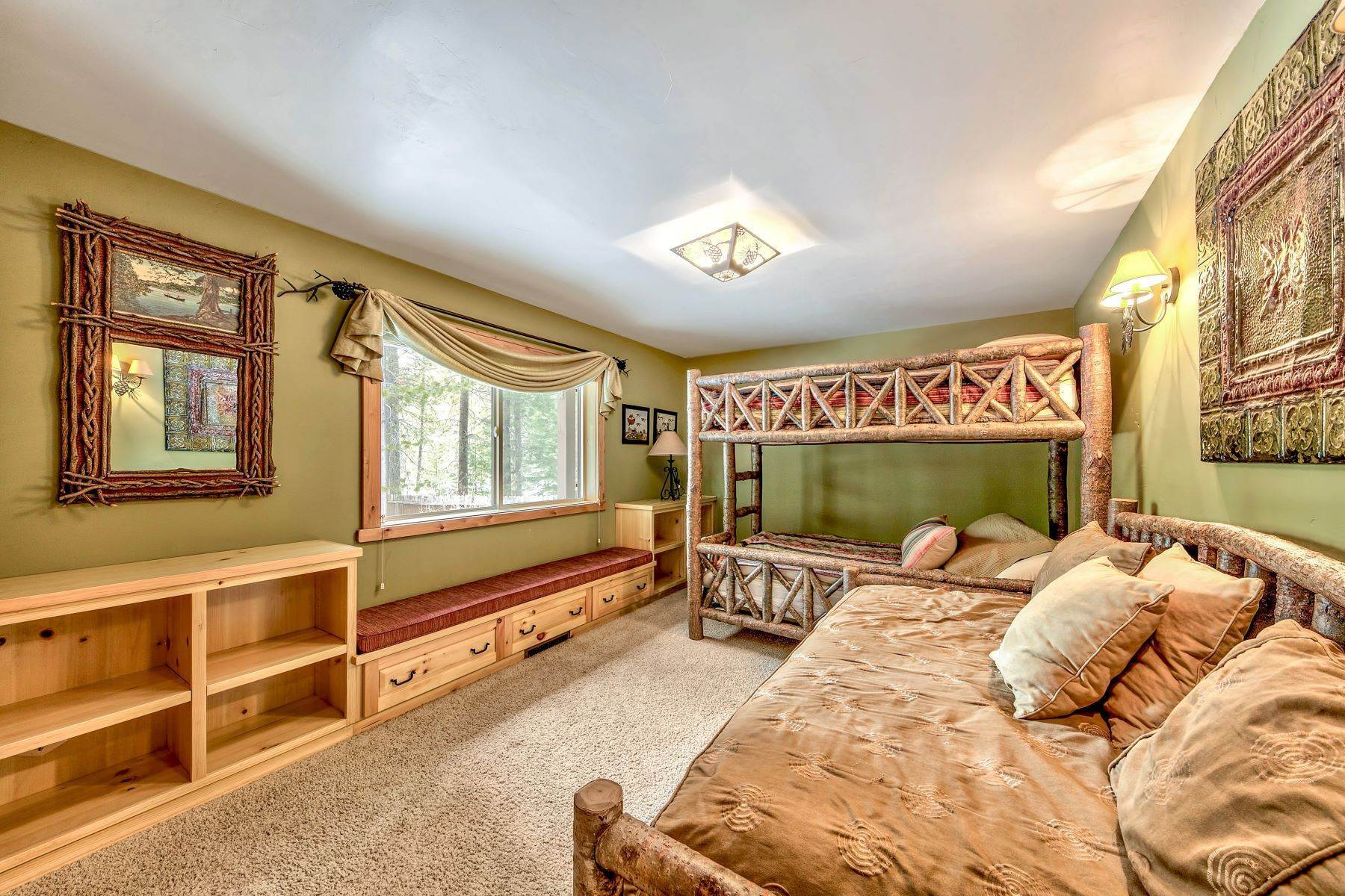 26. Single Family Homes for Active at Mountain Luxury 567 Eloise Ave South Lake Tahoe, California 96150 United States