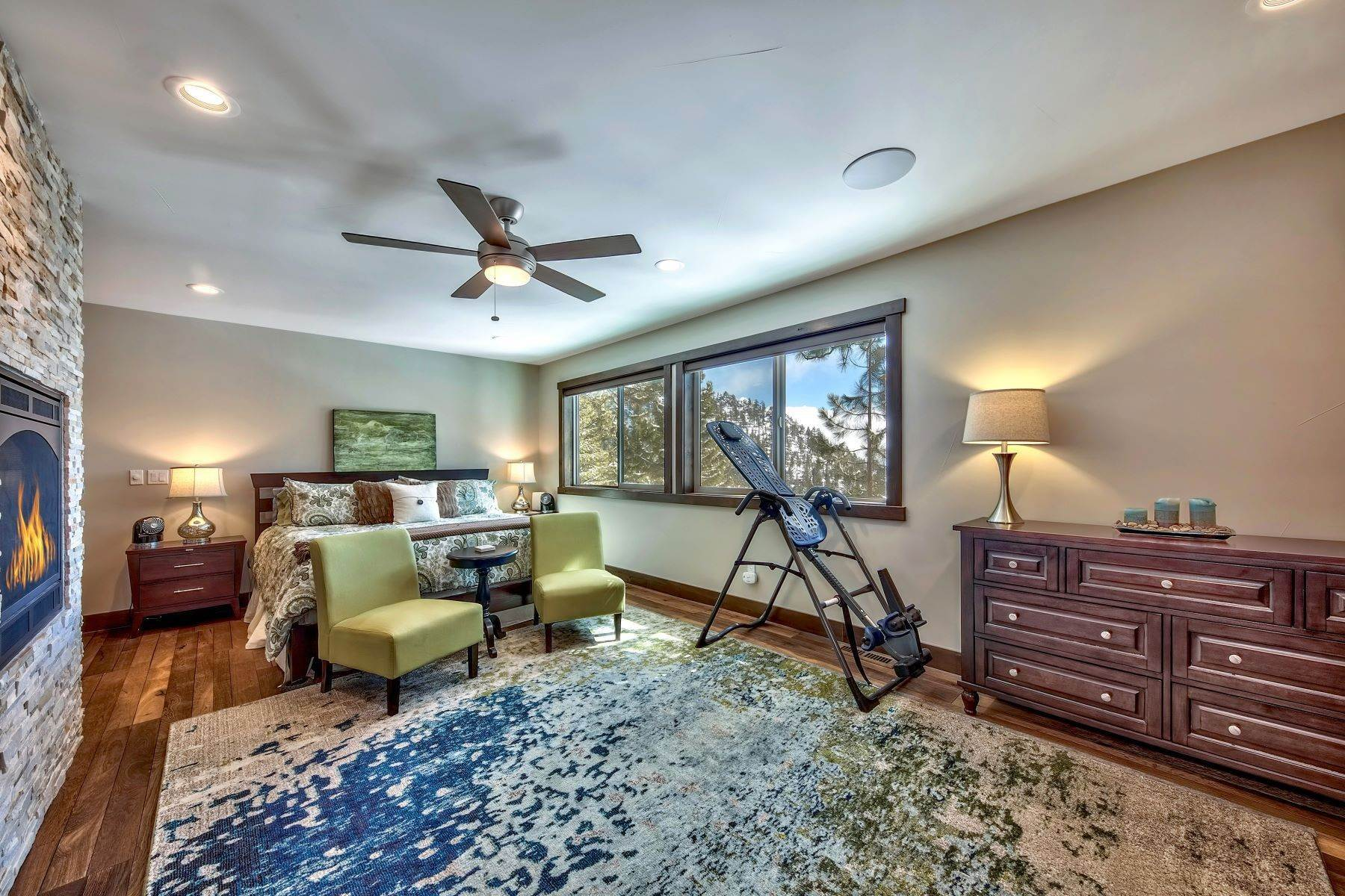 21. Single Family Homes for Active at Mountain Luxury 416 Maryanne Drive Stateline, Nevada 89413 United States