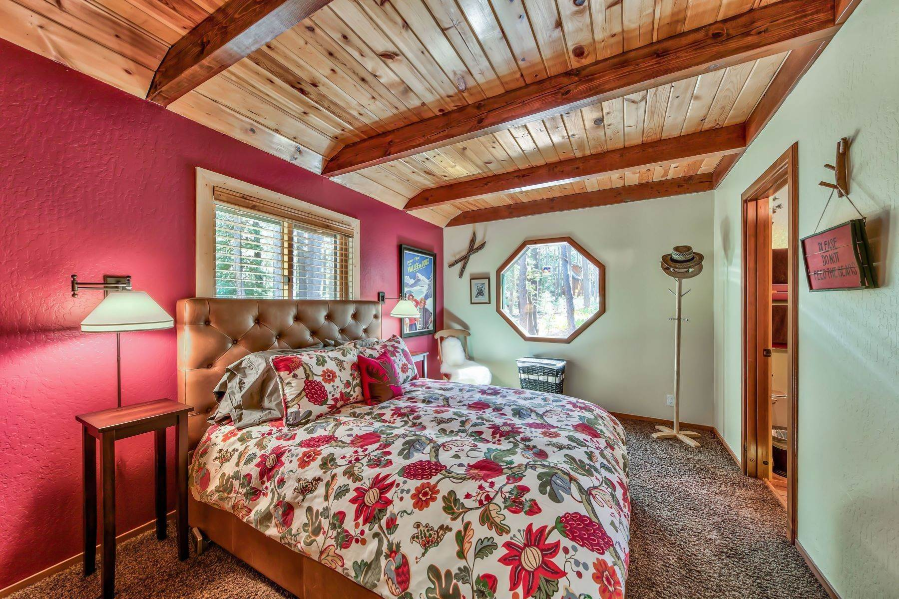 10. Single Family Homes for Active at Remodeled Tahoe Donner Retreat 15151 Northwoods Boulevard Truckee, California 96161 United States