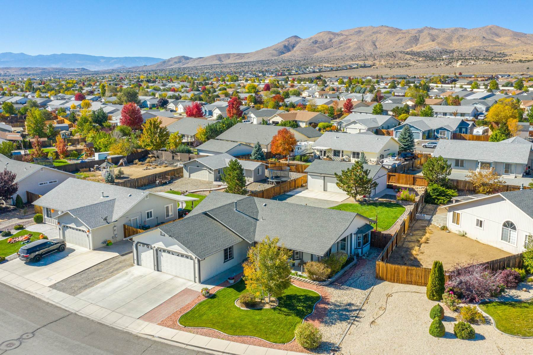 Single Family Homes por un Venta en Turn-Key- W Spanish Springs 2359 Ruddy Way Sparks, Nevada 89441 Estados Unidos
