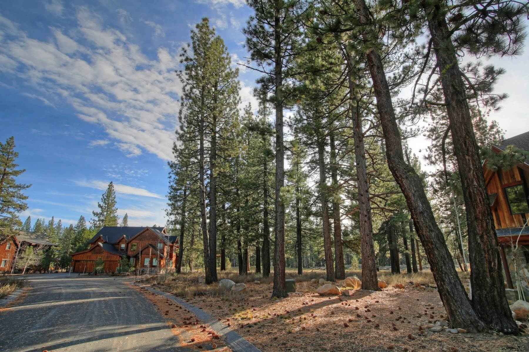 16. Land for Active at 12666 Caleb Drive, Truckee California 96161 12666 Caleb Drive Truckee, California 96161 United States