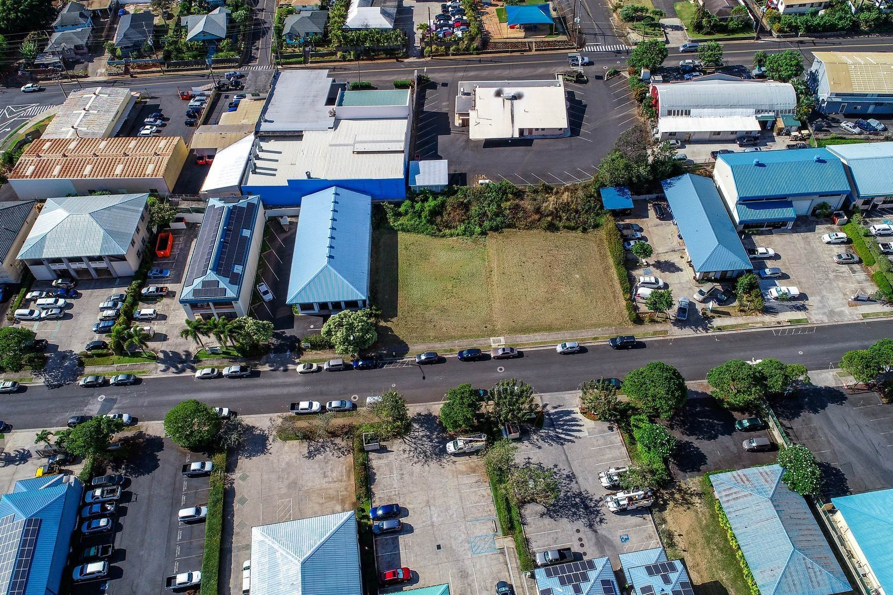 Property 为 销售 在 Light Industrial Vacant Lot - Option to buy Adjoining lot - Millyard, Wailuku 1743 Wili Pa Loop 怀卢库, 夏威夷 96793 美国