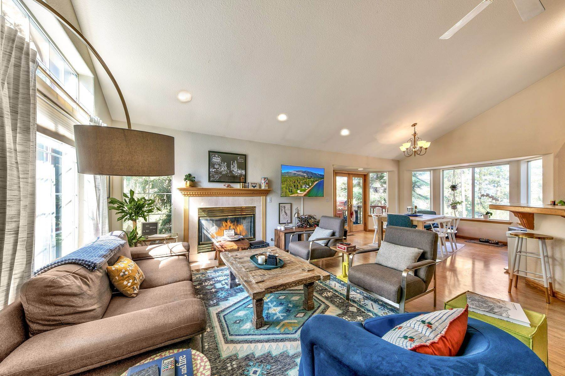 3. Single Family Homes for Active at Kokanee Estates Mountain Home 3067 Kokanee Trail South Lake Tahoe, California 96150 United States