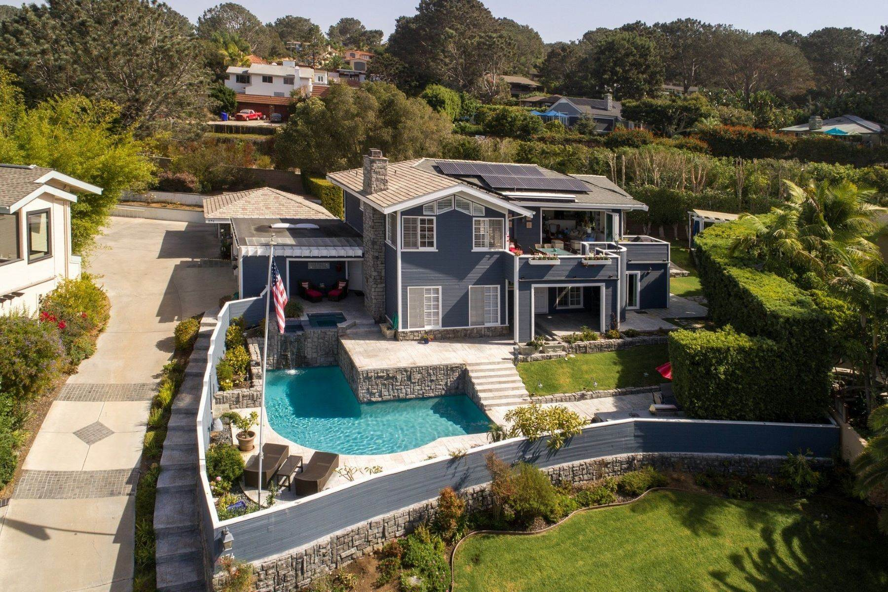 Single Family Homes for Active at 274 Stratford Park Circle, Del Mar, CA 92014 274 Stratford Park Circle Del Mar, California 92014 United States