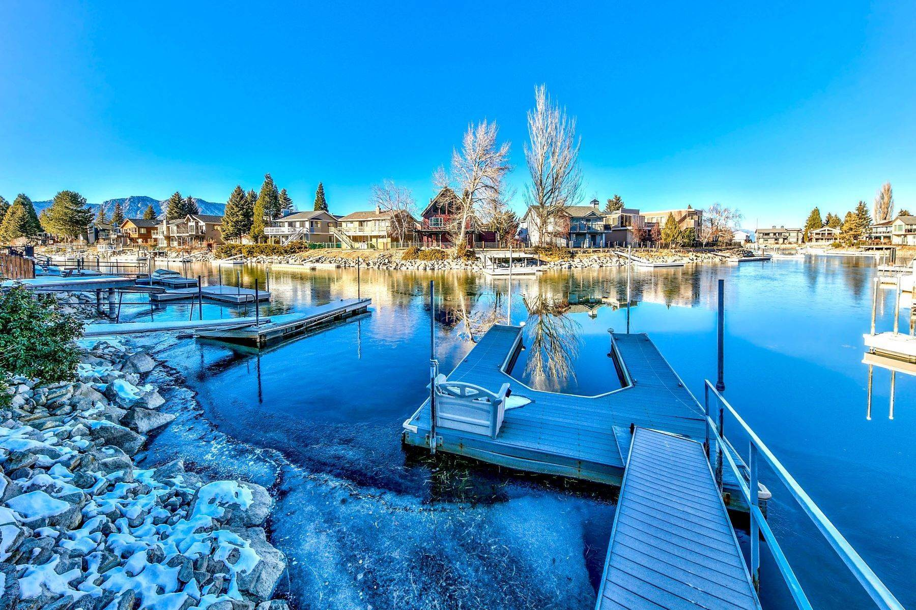29. Single Family Homes for Active at 5 Bedroom Waterfront 1961 Kokanee Way South Lake Tahoe, California 96150 United States