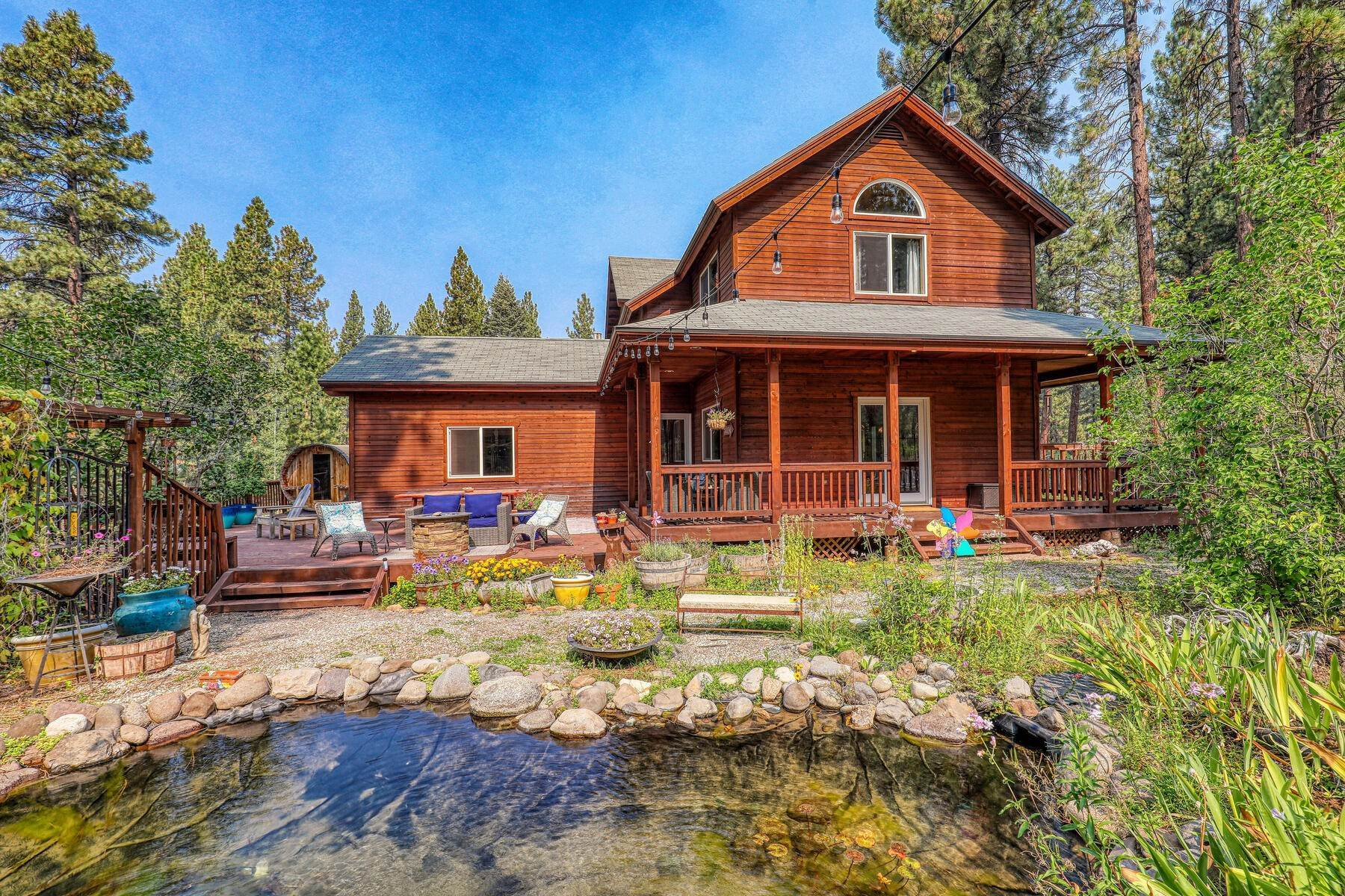24. Single Family Homes for Active at Best Kept Secret In Truckee Is Out 10915 Royal Crest Drive Truckee, California 96161 United States