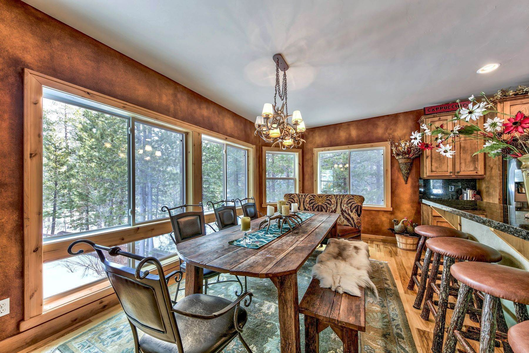 13. Single Family Homes for Active at Mountain Luxury 567 Eloise Ave South Lake Tahoe, California 96150 United States