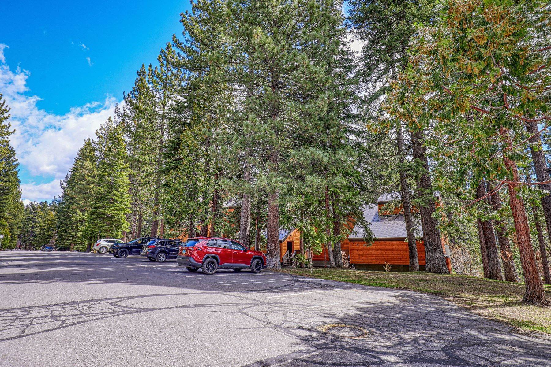 35. Condominiums for Active at North Shore Tahoe Townhome 2755 North Lake Boulevard, Villas #50 Tahoe City, California 96145 United States