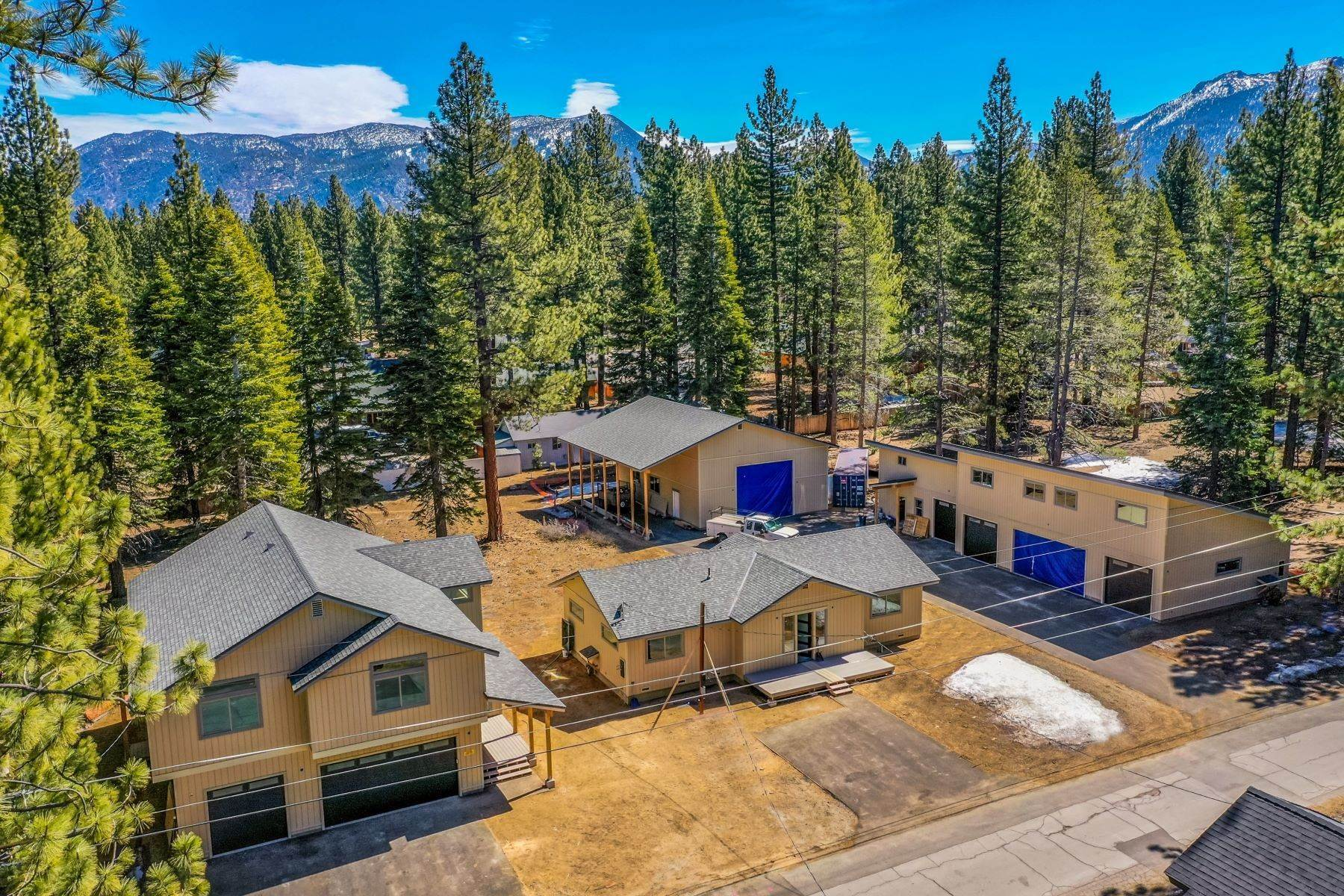 Single Family Homes for Active at Unique Tahoe Opportunity. 1149 Bonanza Ave South Lake Tahoe, California 96150 United States