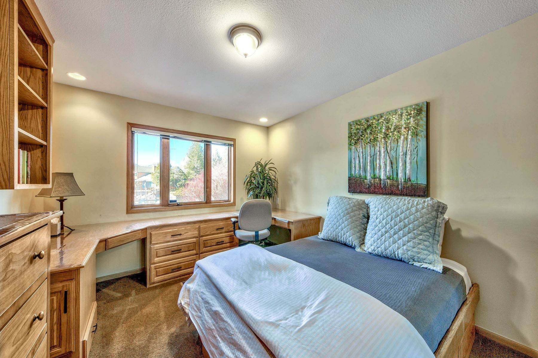 11. Single Family Homes for Active at Mountain Luxury Living 1959 Marconi Way South Lake Tahoe, California 96150 United States