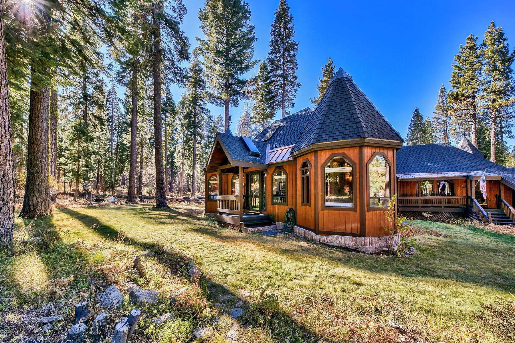 36. Single Family Homes for Active at Magical West Shore Lake Tahoe Home 7100 Deer Ave Tahoma, California 96142 United States